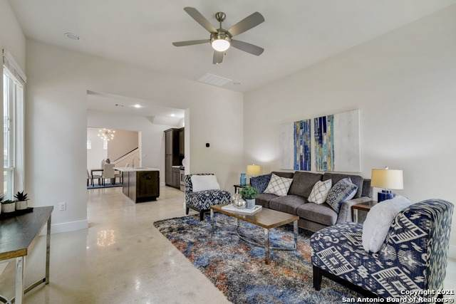 611 W Hollywood Ave, San Antonio, TX 78212 (MLS #1547834) :: The Glover Homes & Land Group