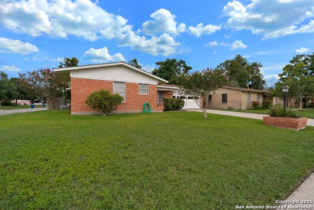 4718 Stoneleigh Dr, San Antonio, TX 78220 (MLS #1547857) :: The Castillo Group