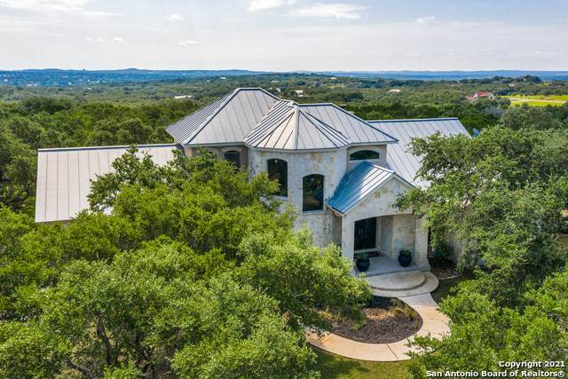 107 Country Meadow Dr, Boerne, TX 78006 (MLS #1547860) :: Real Estate by Design