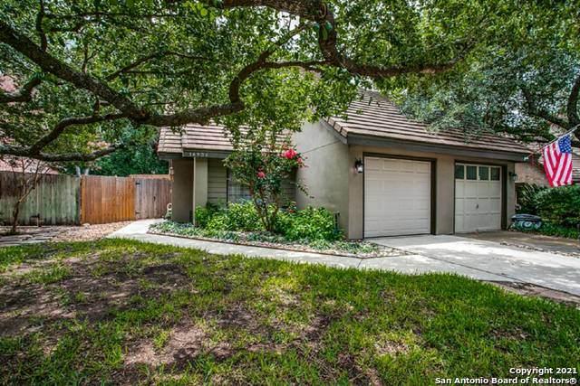 16936 Brookwood, San Antonio, TX 78248 (MLS #1547894) :: The Real Estate Jesus Team
