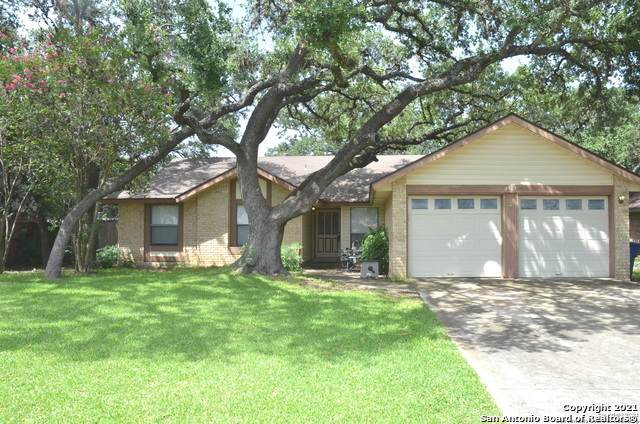 9307 Hoke Dr, San Antonio, TX 78254 (MLS #1547900) :: Vivid Realty