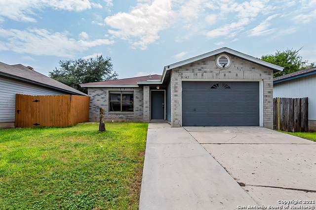 8147 Easy Meadow Dr, Converse, TX 78109 (MLS #1548019) :: The Glover Homes & Land Group