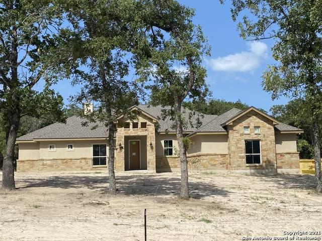 108 Chisum Trail Dr, La Vernia, TX 78121 (MLS #1548059) :: The Lopez Group