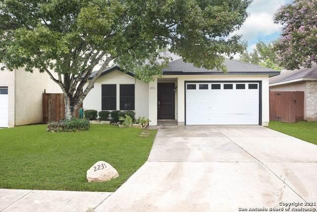 2231 Muddy Peak Dr, San Antonio, TX 78245 (#1548218) :: The Perry Henderson Group at Berkshire Hathaway Texas Realty