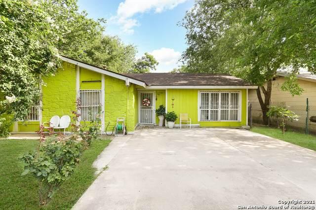 8754 Yellow Knife St, San Antonio, TX 78242 (#1548261) :: Zina & Co. Real Estate