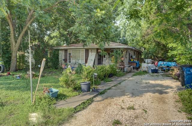 149 N Peach Ave, New Braunfels, TX 78130 (MLS #1548324) :: The Real Estate Jesus Team