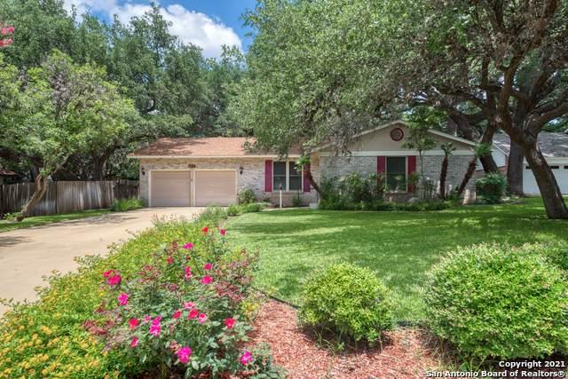 2711 Oak Bluff, San Antonio, TX 78230 (MLS #1548330) :: Exquisite Properties, LLC