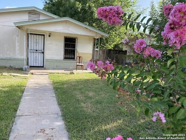 7711 Westlyn Dr, San Antonio, TX 78227 (#1548371) :: Zina & Co. Real Estate