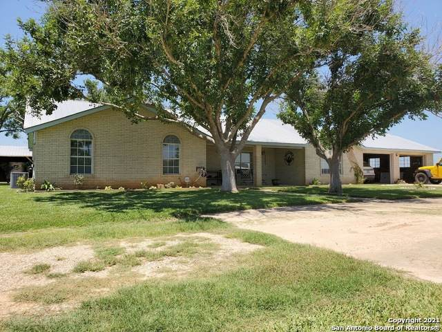 648 County Road 669, Devine, TX 78016 (MLS #1548389) :: ForSaleSanAntonioHomes.com