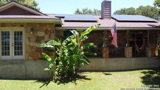 1201 Cypress Cove Rd, Spring Branch, TX 78070 (MLS #1548415) :: Tom White Group