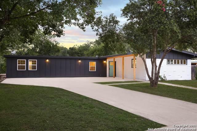 327 Meadowood Ln, San Antonio, TX 78216 (MLS #1548441) :: The Gradiz Group