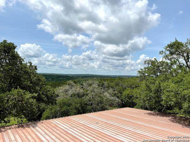 2230 Lariat Ridge, New Braunfels, TX 78132 (MLS #1548504) :: The Real Estate Jesus Team
