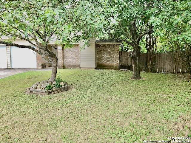 9508 Elm Glen, San Antonio, TX 78250 (#1548544) :: The Perry Henderson Group at Berkshire Hathaway Texas Realty