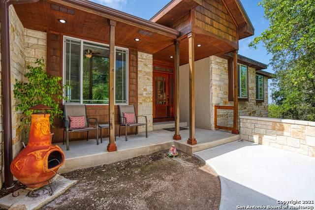 215 Ridge View Dr, Lakehills, TX 78063 (MLS #1548551) :: Carolina Garcia Real Estate Group