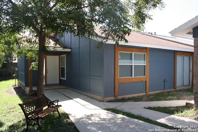 1366 Bayou Dr, San Antonio, TX 78245 (MLS #1548552) :: The Gradiz Group