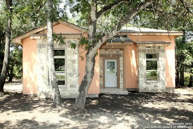 23103 Sandy Forest Dr, Elmendorf, TX 78112 (MLS #1548558) :: Exquisite Properties, LLC