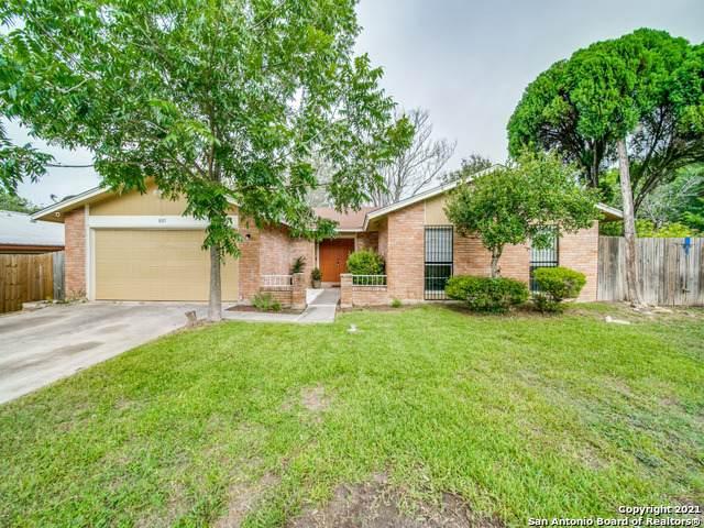 8315 Greenham, San Antonio, TX 78239 (MLS #1548641) :: EXP Realty