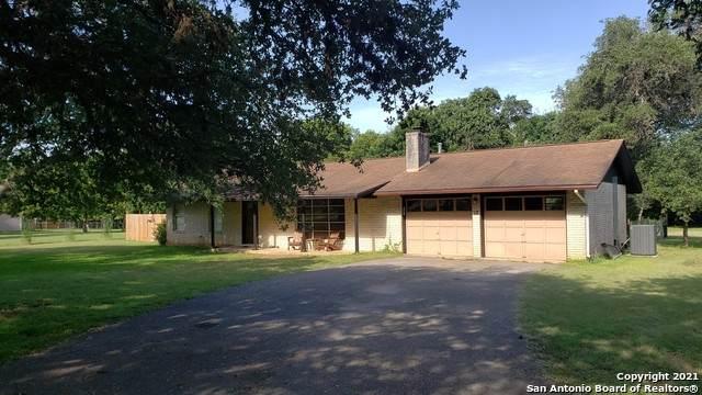 116 Sharon Dr, Boerne, TX 78006 (MLS #1548697) :: Carter Fine Homes - Keller Williams Heritage