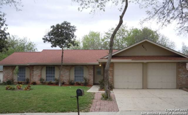 6411 Ridge Pass Dr, San Antonio, TX 78233 (#1548717) :: The Perry Henderson Group at Berkshire Hathaway Texas Realty