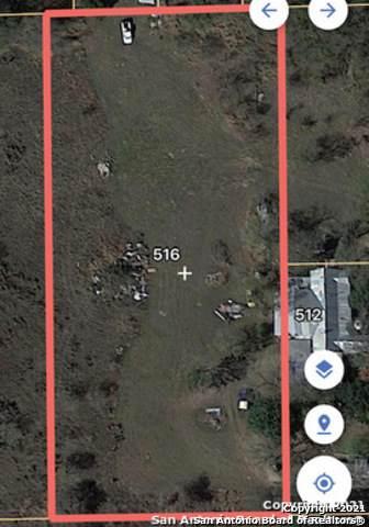 516 Brown Ln, Floresville, TX 78114 (MLS #1548789) :: Tom White Group