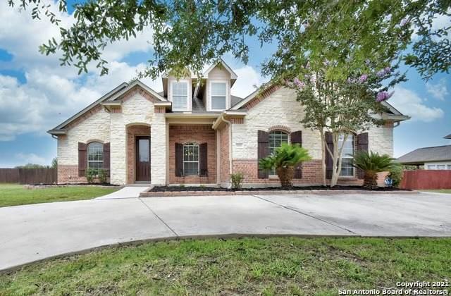 7031 Hallie Heights, Schertz, TX 78154 (MLS #1548904) :: Phyllis Browning Company