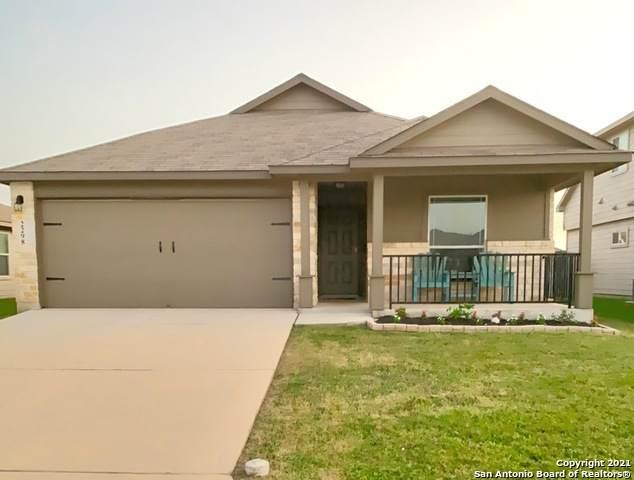 2298 Clover Ridge, New Braunfels, TX 78130 (MLS #1548995) :: The Gradiz Group