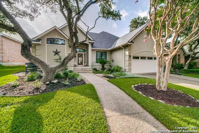 17410 Shady Canyon Dr, San Antonio, TX 78248 (MLS #1549016) :: Sheri Bailey Realtor