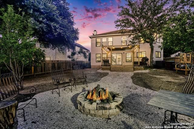 9827 Diamond Cliff Dr, Helotes, TX 78023 (MLS #1549022) :: Concierge Realty of SA