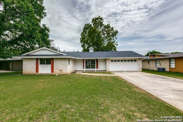 318 Coronet St, San Antonio, TX 78216 (MLS #1549027) :: Carter Fine Homes - Keller Williams Heritage