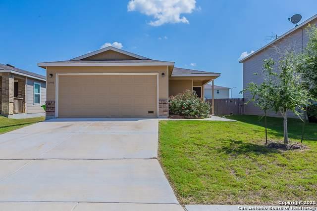 11958 Horse Cyn, San Antonio, TX 78254 (MLS #1549298) :: The Real Estate Jesus Team