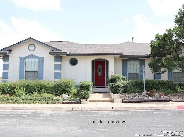 5942 Brook Falls, Windcrest, TX 78239 (MLS #1549325) :: Vivid Realty