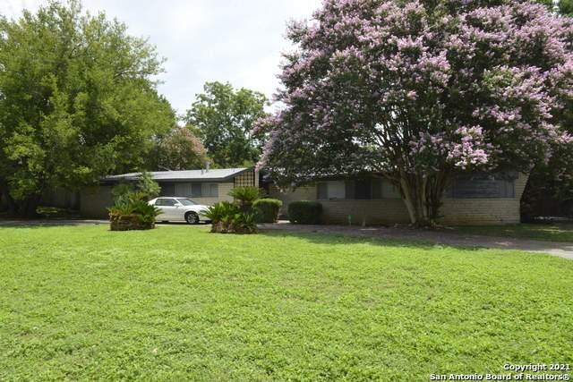 200 Tamworth Dr, Castle Hills, TX 78213 (MLS #1549364) :: Exquisite Properties, LLC