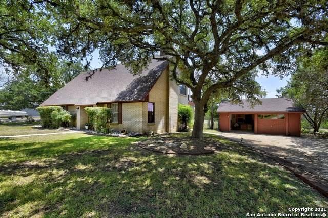 1278 Live Oak Dr, Spring Branch, TX 78070 (MLS #1549395) :: Beth Ann Falcon Real Estate