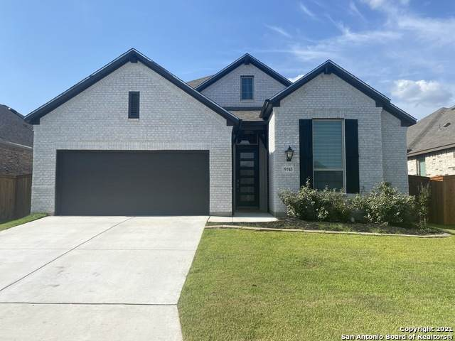 9743 Kremmen Pl, Boerne, TX 78006 (#1549435) :: Zina & Co. Real Estate
