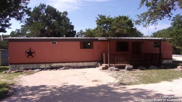 1064 Brook Valley Dr, Canyon Lake, TX 78133 (MLS #1549549) :: Texas Premier Realty