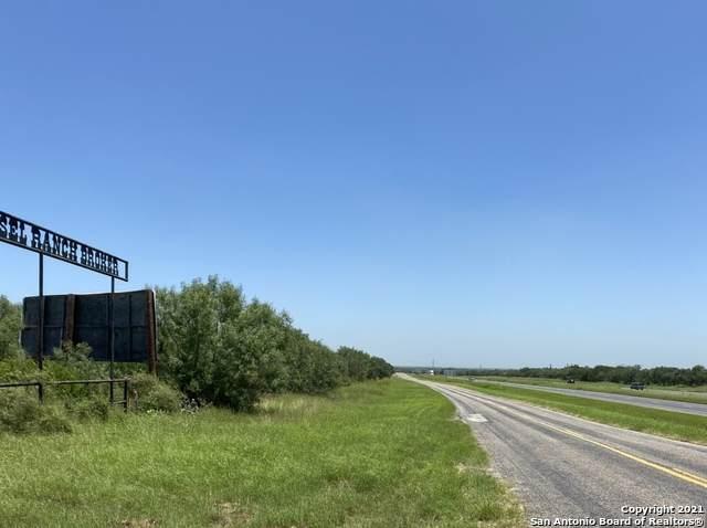TBD N Ih 35 Frontage, Moore, TX 78057 (MLS #1549630) :: Vivid Realty
