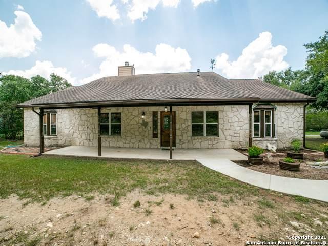 2626 Barton Hill Dr, Bulverde, TX 78163 (MLS #1549634) :: Concierge Realty of SA