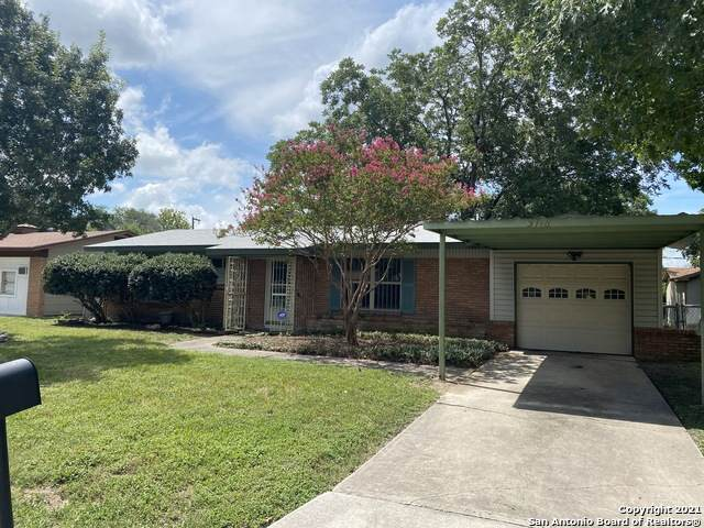 5118 Coral Mist St, Kirby, TX 78219 (MLS #1549639) :: NewHomePrograms.com