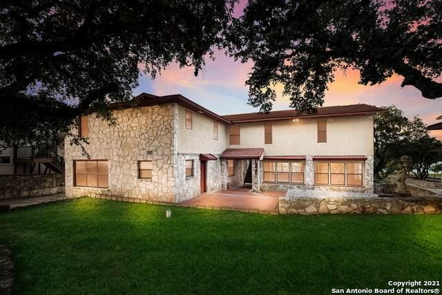 408 Edge Hill Dr, Canyon Lake, TX 78133 (MLS #1549721) :: Tom White Group