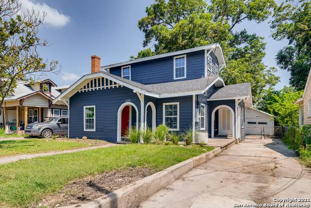 2735 E Houston St, San Antonio, TX 78202 (#1549766) :: The Perry Henderson Group at Berkshire Hathaway Texas Realty