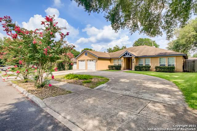 3018 Wroxton Rd, San Antonio, TX 78217 (MLS #1549793) :: Beth Ann Falcon Real Estate
