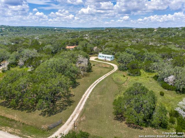 1165 Lone Oak Rd, New Braunfels, TX 78132 (MLS #1549938) :: The Real Estate Jesus Team