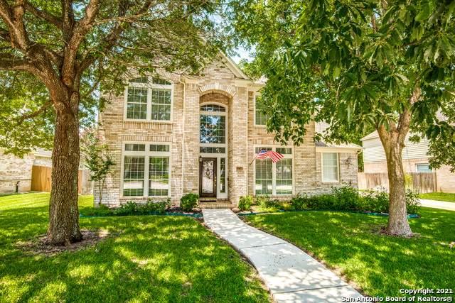 1712 Oak Path, New Braunfels, TX 78132 (MLS #1550021) :: The Gradiz Group