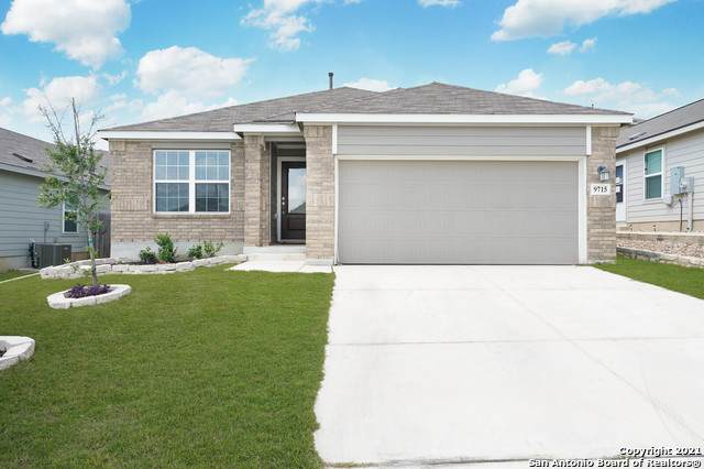 9715 Marbach Garden, San Antonio, TX 78245 (MLS #1550048) :: The Gradiz Group
