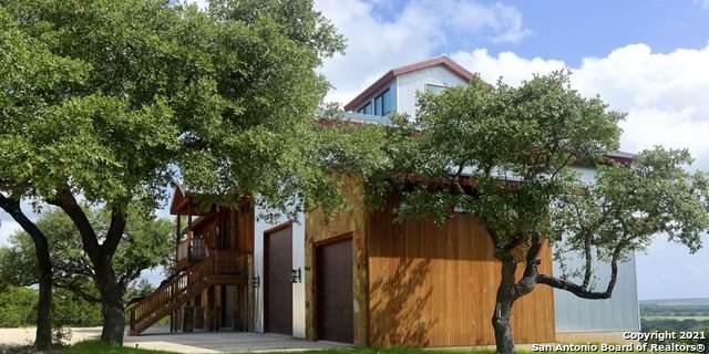 3847 Bandera Hwy, Kerrville, TX 78028 (MLS #1550097) :: Exquisite Properties, LLC
