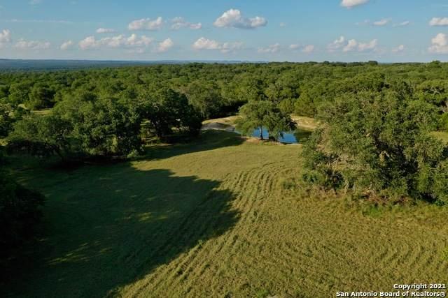 LT5 Wainright Spgs, Boerne, TX 78006 (MLS #1550150) :: Carolina Garcia Real Estate Group
