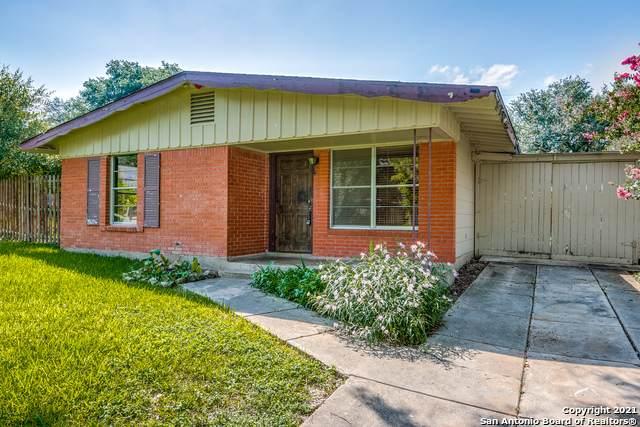 5238 Colebrook Dr, San Antonio, TX 78228 (MLS #1550253) :: Carolina Garcia Real Estate Group