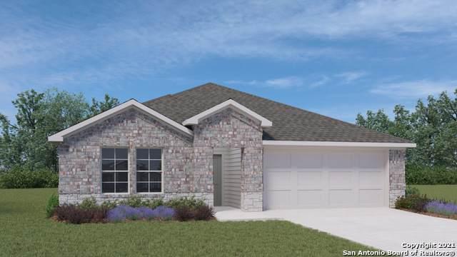 1048 Pronghorn Trail, Seguin, TX 78155 (MLS #1550283) :: Carolina Garcia Real Estate Group