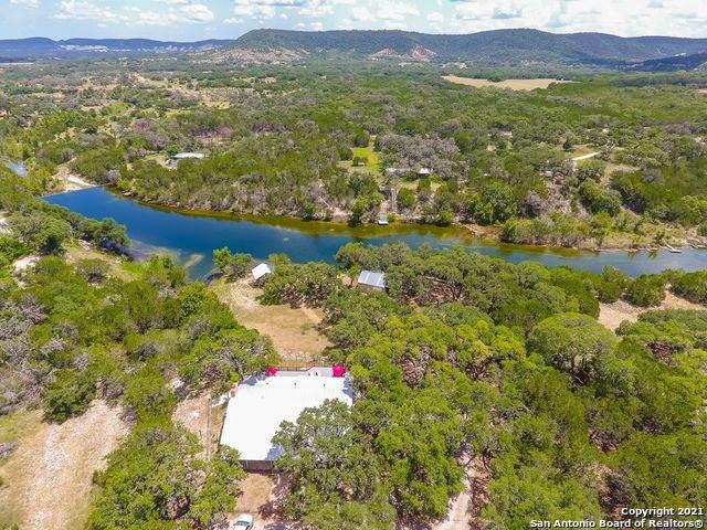 630 Indian Mound Rd, Tarpley, TX 78883 (MLS #1550295) :: Carter Fine Homes - Keller Williams Heritage