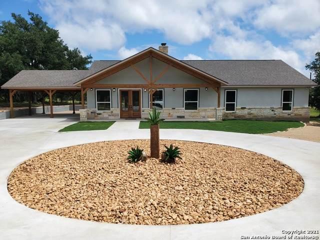 4518 Tamaron Knoll, San Antonio, TX 78253 (MLS #1550306) :: Carolina Garcia Real Estate Group